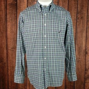 NWOT Nautica Plaid Wrinkle Free